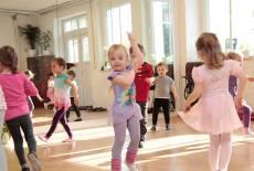 Femella Studio – Tanz, Fitness & Spaß für Frauen & Kids