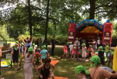 Kindertag-Spielplatzparty