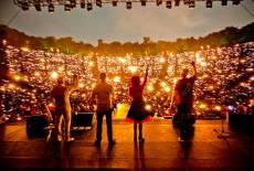 Lichtermeer trifft auf Live-Konzert