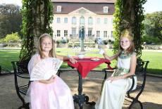 Teatime im Vorgarten